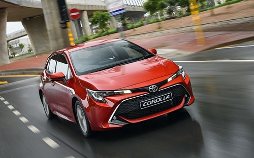 Toyota Corolla Hatch review gallery image 2