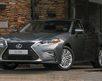 Lexus ES review