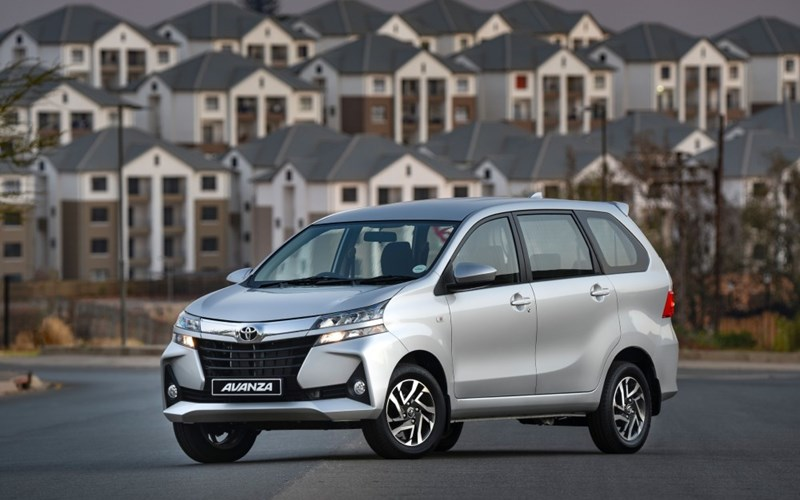 Toyota Avanza TX review