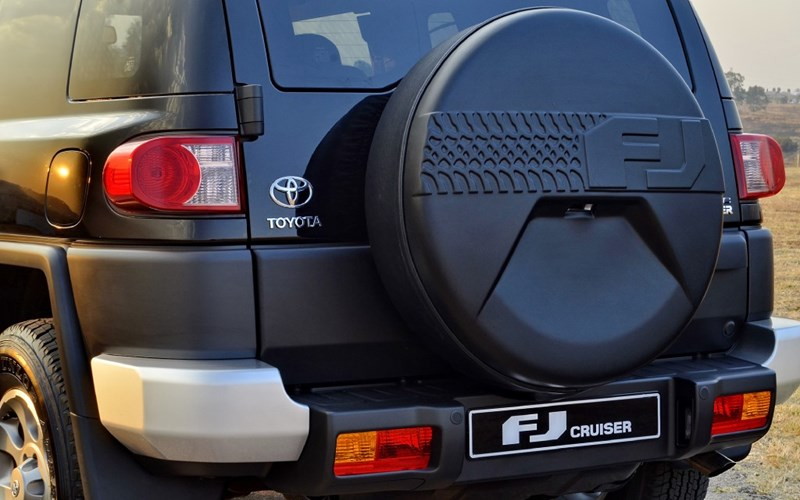 Toyota FJ Cruiser review