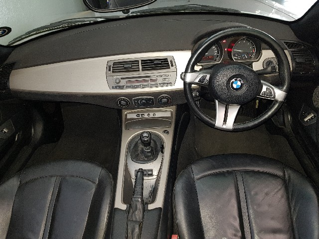 BMW Z4 Roadster 2.5i A/T - Interior