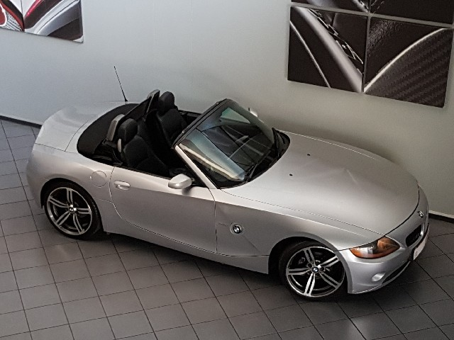 BMW Z4 Roadster 2.5i A/T - Additional
