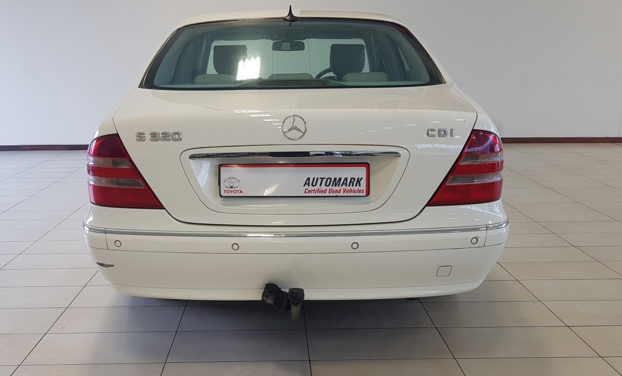 MERCEDES-BENZ S 320CDi - Back