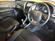 TOYOTA YARIS 1.5 CROSS 5Dr - Back