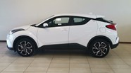 TOYOTA C-HR 1.2T PLUS CVT - Additional