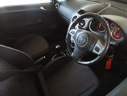OPEL CORSA 1.4 SPORT 3Dr S/ROOF - Interior