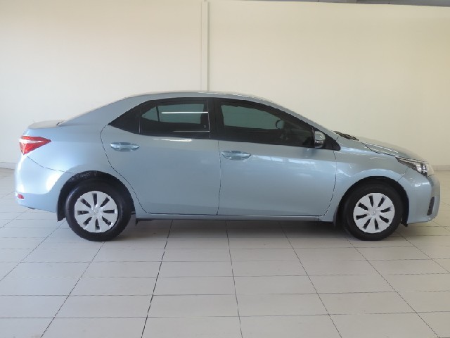 TOYOTA COROLLA 1.6 ESTEEM - Side