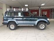 TOYOTA LAND CRUISER S/W D GX - Side