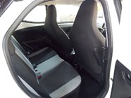 TOYOTA AYGO 1.0  X- PLAY (5DR) - Additional
