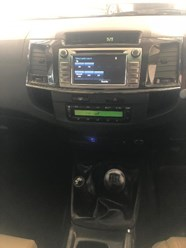 TOYOTA FORTUNER 3.0D-4D 4X4 - Additional