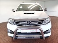 TOYOTA FORTUNER 3.0D-4D R/B A/T - Front