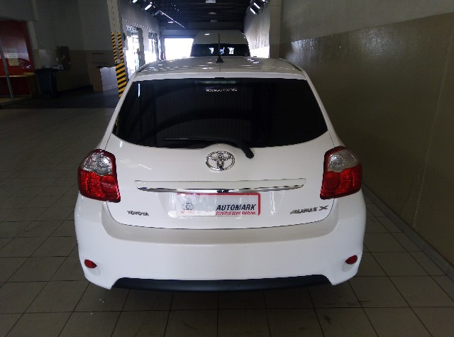 TOYOTA AURIS 1.3  X - Back