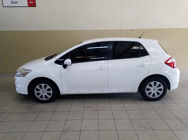 TOYOTA AURIS 1.3  X - Side