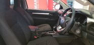 TOYOTA HILUX 2.8 GD-6 RB RAIDER A/T P/U S/C - Additional