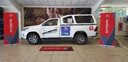 TOYOTA HILUX 2.8 GD-6 RB RAIDER A/T P/U S/C - Side