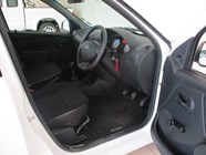 NISSAN NP200 1.5 DCi  A/C SAFETY PACK P/U S/C - Additional