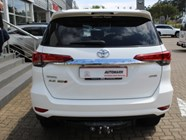 TOYOTA FORTUNER 2.8GD-6 4X4 - Back