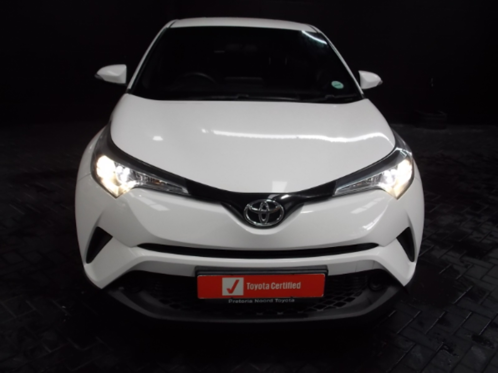 TOYOTA C-HR 1.2T - Front