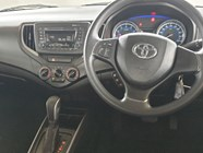 TOYOTA STARLET 1.4 Xs A/T - Interior