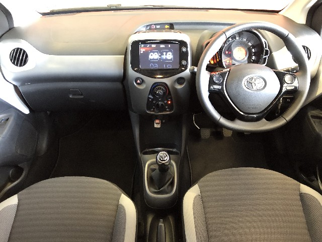 TOYOTA AYGO 1.0 X-CITE (5DR) - Additional