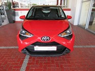 TOYOTA AYGO 1.0  X-PLAY (5DR) - Front