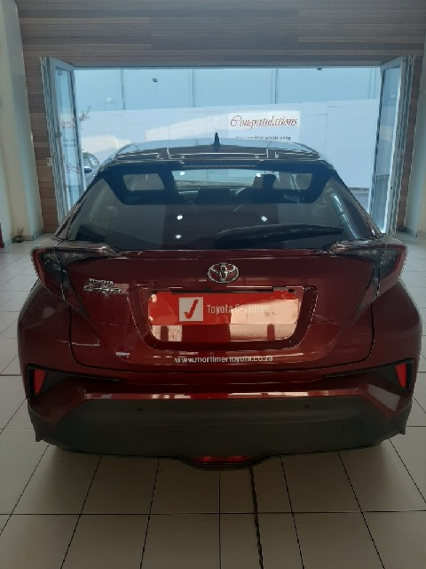 TOYOTA C-HR 1.2T LUXURY CVT - Interior