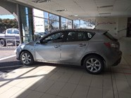 MAZDA MAZDA3 1.6 ACTIVE - Additional