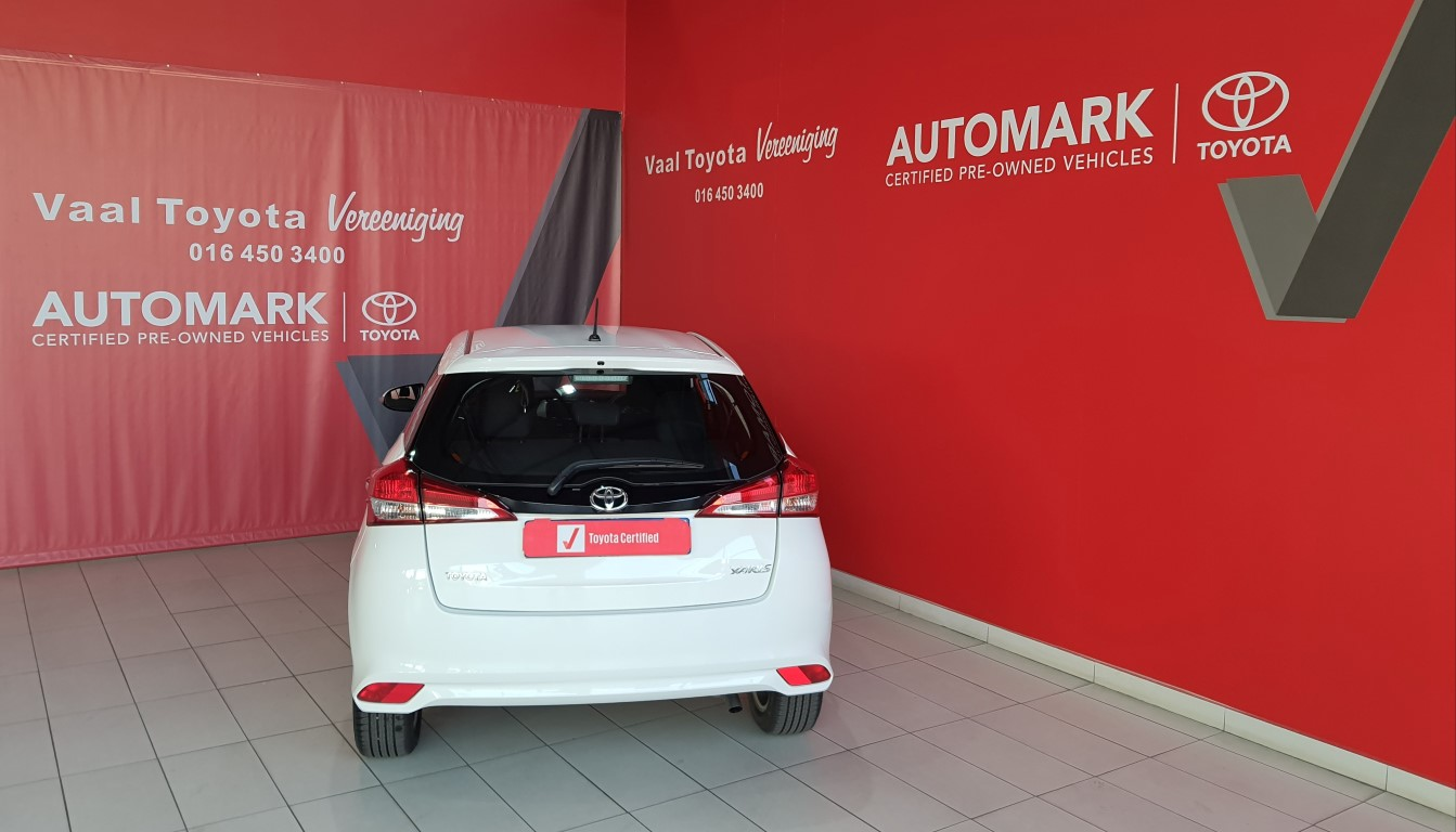 TOYOTA YARIS 1.5 Xs 5Dr - Back