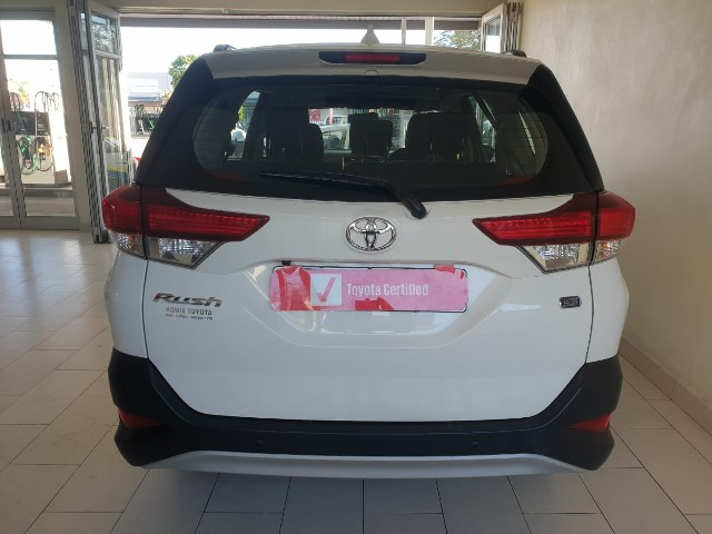 TOYOTA RUSH 1.5 A/T - Back