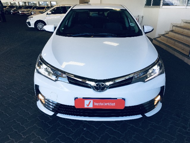 TOYOTA COROLLA 1.8 EXCLUSIVE - Front