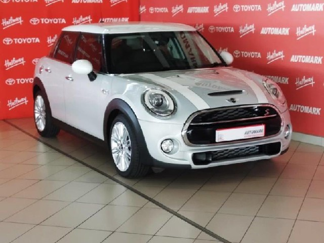MINI COOPER S 5DR (XS72) - Main