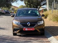 RENAULT SANDERO 900 T EXPRESSION - Front
