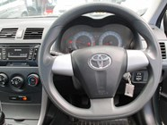 TOYOTA COROLLA QUEST 1.6 - Additional