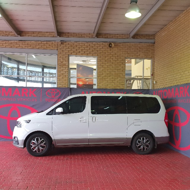 HYUNDAI H-1 2.5 CRDI A/T/ 2.5 ELITE A/T - Side