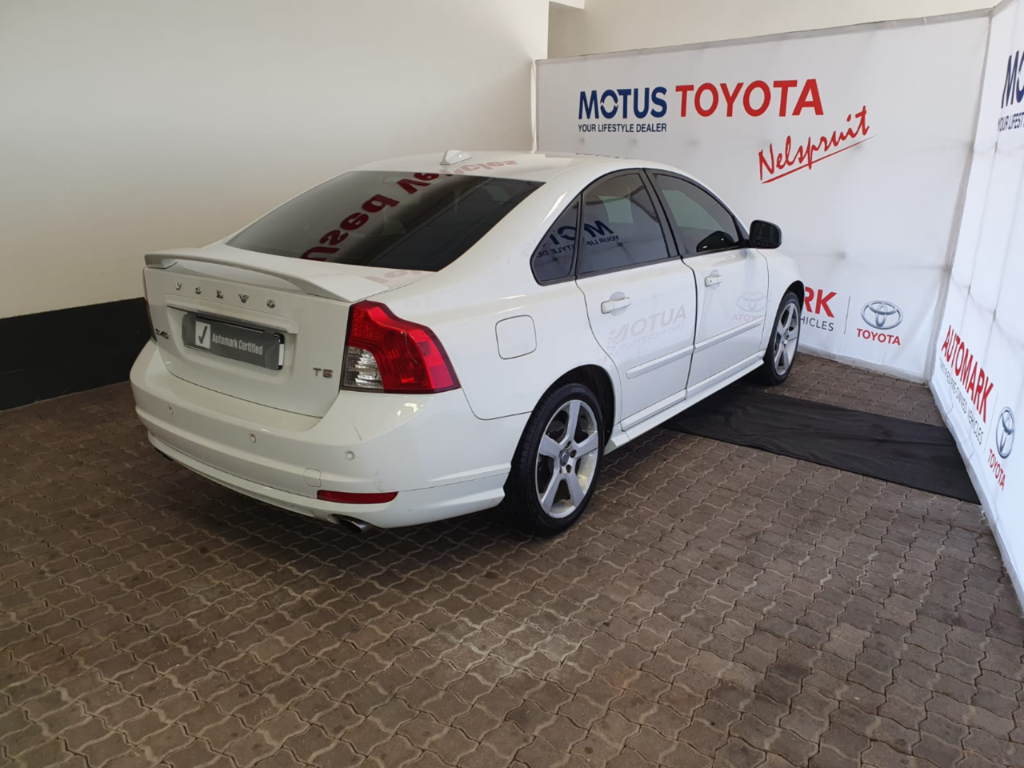 VOLVO S40 T5 A/T - Additional