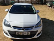 OPEL ASTRA 1.4T ESSENTIA - Front