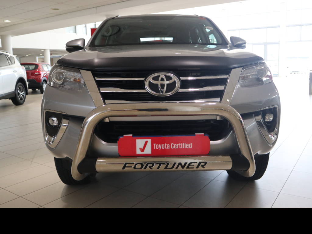 TOYOTA FORTUNER 2.8GD-6 R/B A/T - Front