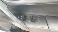 TOYOTA COROLLA 1.6 PRESTIGE CVT - Additional