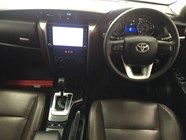 TOYOTA FORTUNER 2.8GD-6 EPIC A/T - Interior