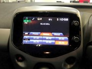 TOYOTA AYGO 1.0  X-PLAY (5DR) - Additional